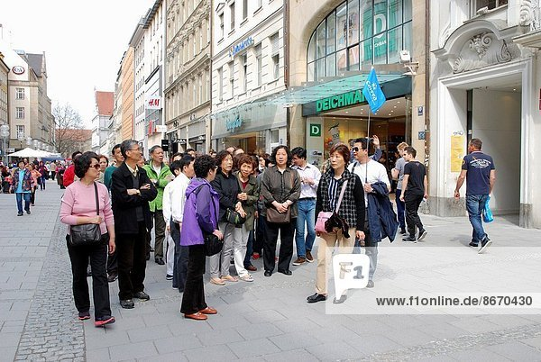 Japanese tour group in Munich