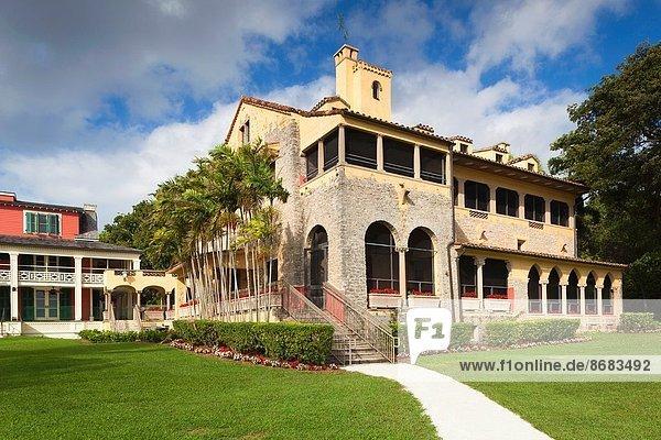 Vereinigte Staaten von Amerika USA Außenaufnahme Richmond London Borough of Richmond upon Thames Florida Steinhaus