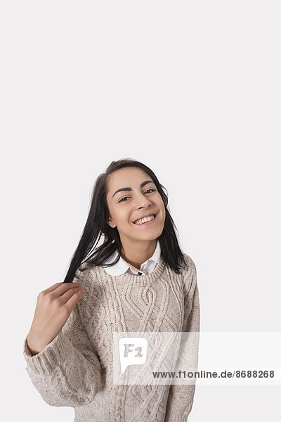 Portrait Geschäftsfrau Fröhlichkeit grau Hintergrund