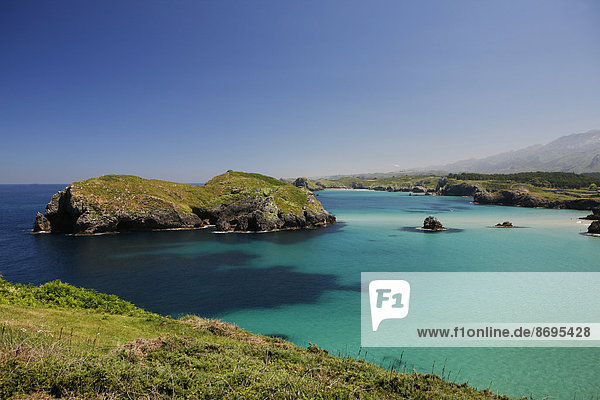 Felsküste  spanische Atlantikküste  bei Llanes  Golf von Biscaya  Asturien  Nordspanien  Spanien