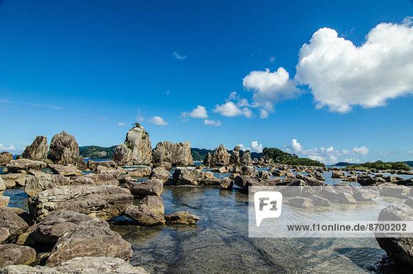 Hashikuiiwa Rock Formation  Wakayama Prefecture