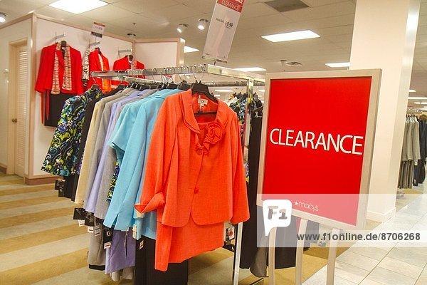 Kaufhaus  zeigen  Kleidung  Zeichen  Werbung  innerhalb  kaufen  Handel  verkaufen  Mode  Florida  Signal