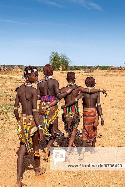 Frau  jung  Äthiopien  Volksstamm  Stamm