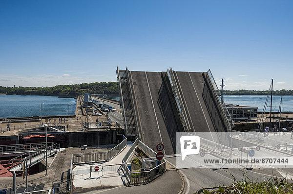 Zugbrücke Usine marémotrice  Dinard  St. Malo  Bretagne  Frankreich