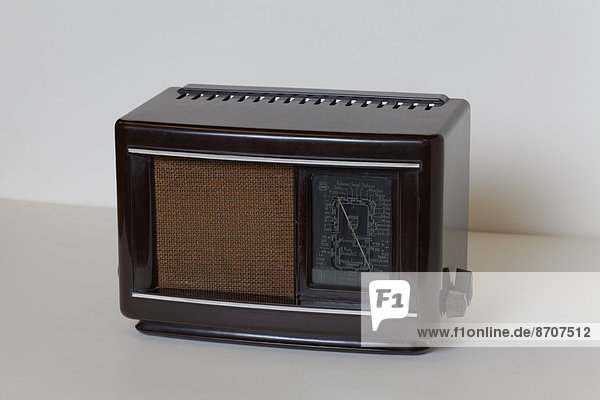 Philips 203 U from 1940  postwar Bakelite radio  Radio Museum Duisburg  North Rhine-Westphalia  Germany