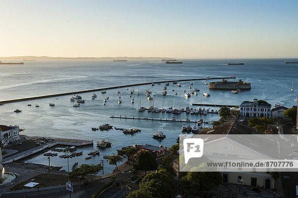 Anschnitt über Stadt Geschichte Ansicht Brasilien Pelourinho