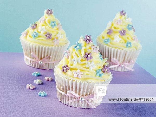 Band  Bänder  Dekoration  Tasche  Kuchen  blau  pink  binden  Gewürzvanille  Vanille  cupcake