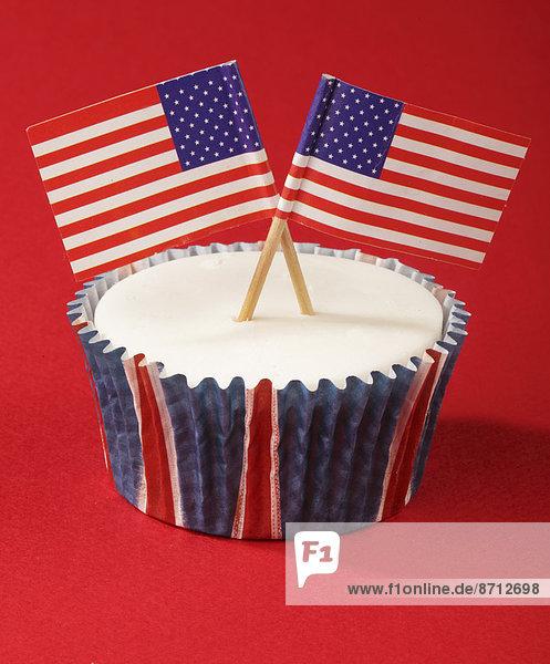 klein  weiß  Eis  Dekoration  Fahne  amerikanisch  2  1  cupcake