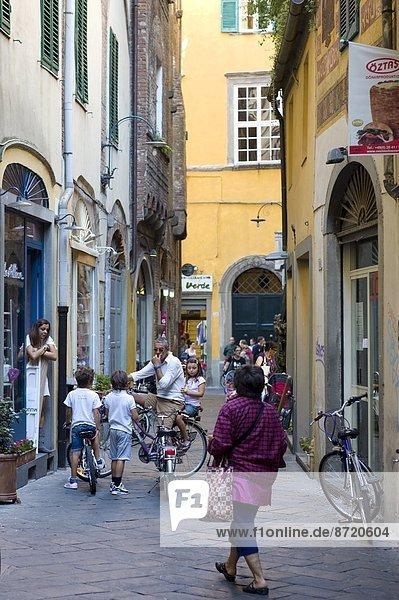 Tourist  Kunde  Italien  Lucca