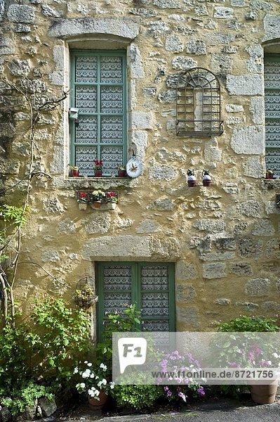 Frankreich französisch Tradition Wohnhaus Stadt Landschaftlich schön landschaftlich reizvoll Geographie Bordeaux Gironde