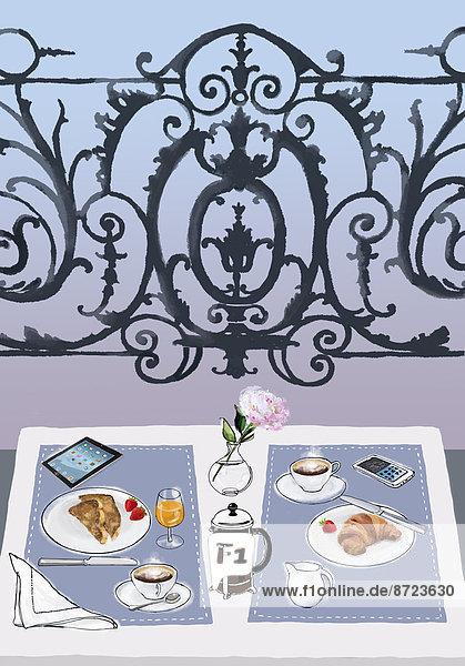 Frühstück  Handy und Tablet-PC auf einem eleganten Balkontisch für zwei Frühstück, Handy und Tablet-PC auf einem eleganten Balkontisch für zwei