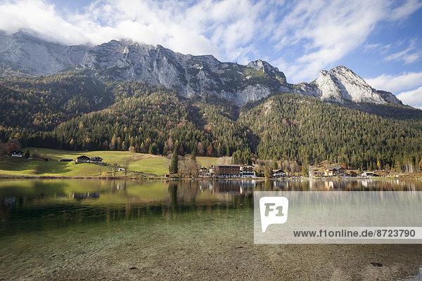 Landschaft Berg See Restaurant Ramsau bei Berchtesgaden hintersee Bayern Deutschland Oberbayern
