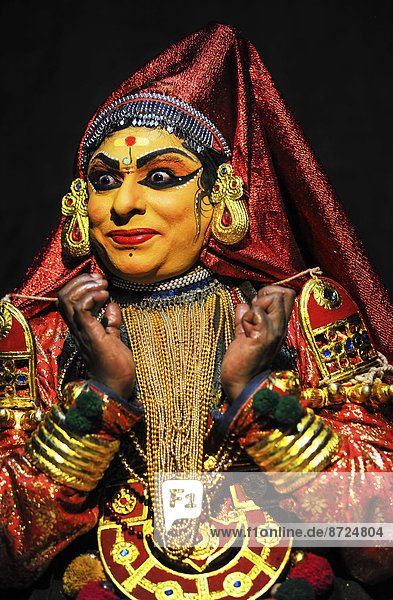 Kathakali  traditionelles rituelles Tanztheater  Varkala  Kerala  Südwest-Indien  Indien Kathakali, traditionelles rituelles Tanztheater, Varkala, Kerala, Südwest-Indien, Indien