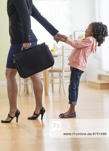 Sorge  ziehen  schwarz  Tochter  Mutter - Mensch