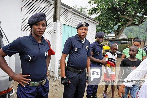 Osten  Buch  Küste  Dorf  Insel  Polizei  Afrika