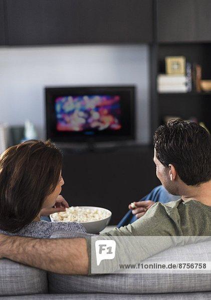 sehen Fernsehen Rückansicht Ansicht
