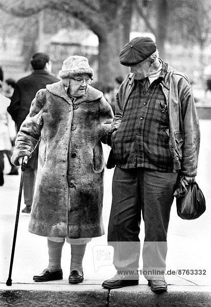 Ecke  Ecken  Ehepaar  Zuneigung  Straße  Senior  Senioren  Boston