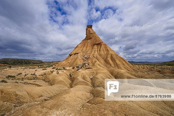 Castildetierra or Castil de Tierra rock formation  Bardenas Reales Natural Park  biosphere reserve  Navarre  Spain