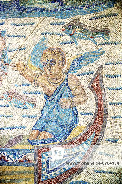 Antikes römisches Mosaik  Fischer  Villa Romana del Casale  bei Piazza Armerina  Sizilien  Italien