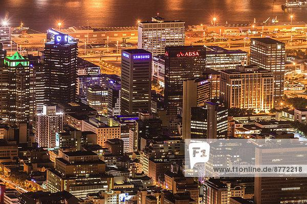 Innenstadt bei Nacht  Kapstadt  Westkap  Südafrika