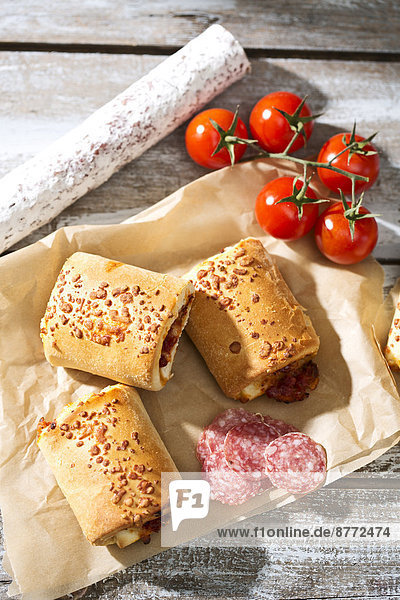 Panini alla Pizzaiola  pizza rolls filled with chili