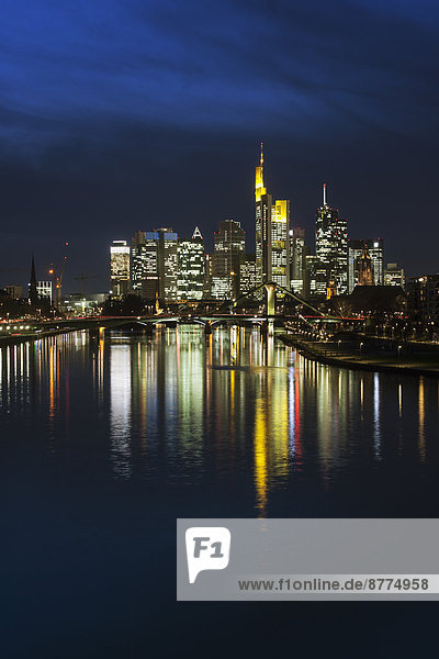 Germany  Hesse  Frankfurt am Main  financial district  Ignatz-Bubis-Bridge  skyline at night
