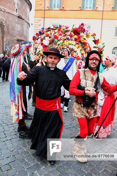 Rom Hauptstadt Quadrat Quadrate quadratisch quadratisches quadratischer Zeit zeigen Karneval Platz Italien