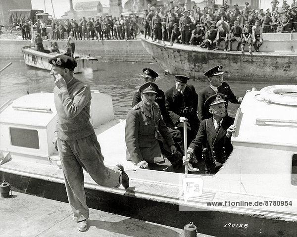 Hafen  Frankreich  Europa  Teamwork  Zigarre  Boot  Geschichte  Soldat  Dock  Krieg  eindringen  Juni  Militär  Montgomery  Normandie  Zweiter Weltkrieg  II.