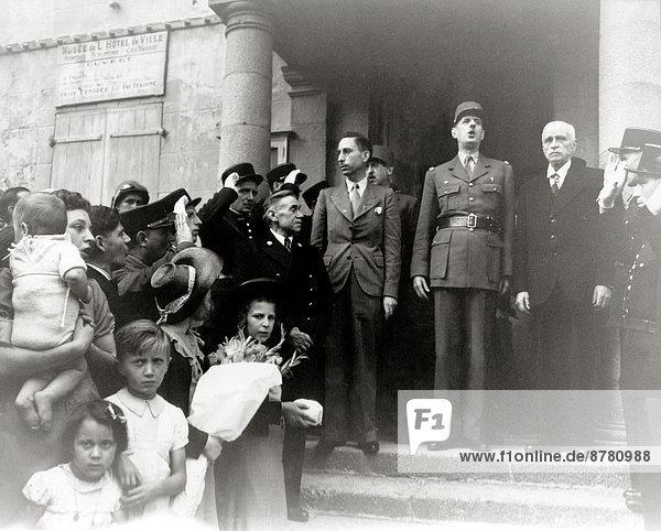 Stufe  Frankreich  Europa  Freiheit  Geschichte  Krieg  eindringen  August  Bürgermeister  Normandie  Zweiter Weltkrieg  II.