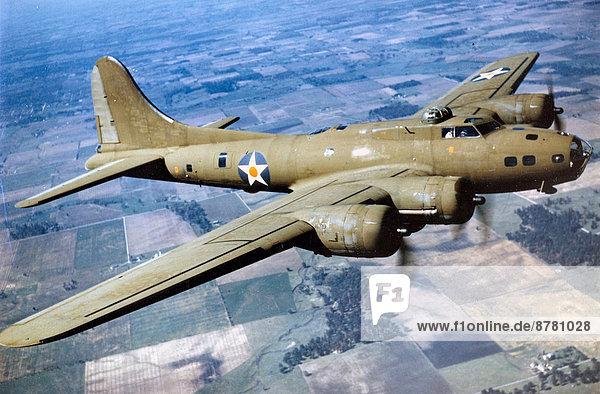 Flugzeug  Geschichte  Feld  Krieg  Zweiter Weltkrieg  II.