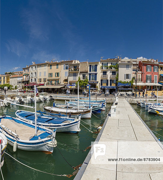 Port  town  village  water  spring  people  ships  boat  Cassis  Bouches du Rhone  France  Europe