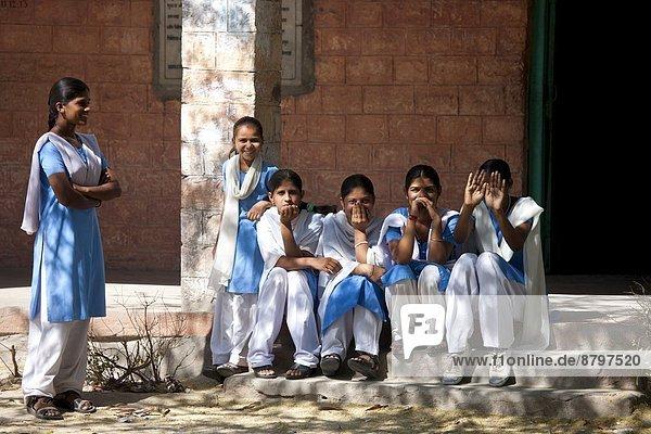 Dorf  Indianer  Schule  Schüler  Hinduismus  Rajasthan