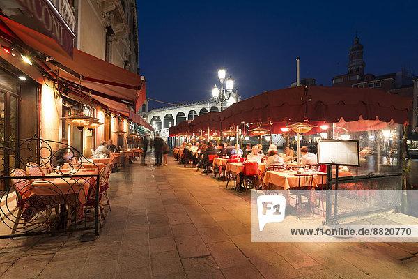Brücke Restaurant frontal Außenaufnahme Rialtobrücke Venetien Italien