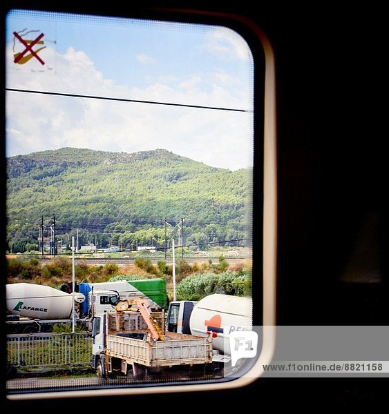 Fenster  Ansicht  Katalonien  Spanien  Zug