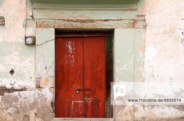 Tür Gebäude alt