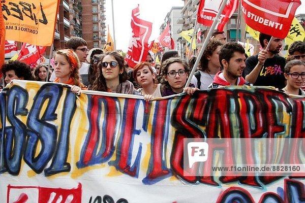 Tag  Versprechen  Opfer  Hispanier  Italien  Mafia  Erinnerung