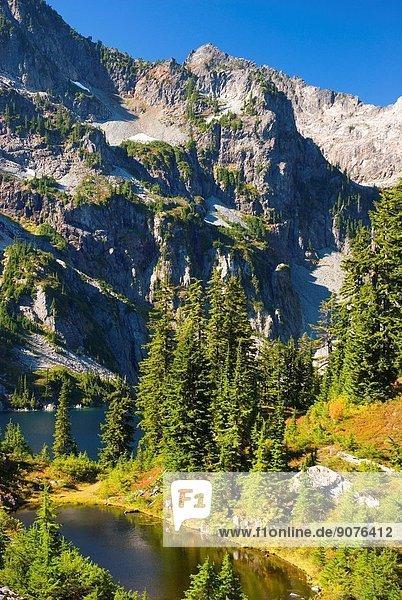 Snow Lake  Alpine Lakes Wilderness  Mt Baker-Snoqualmie National Forest  Washington.