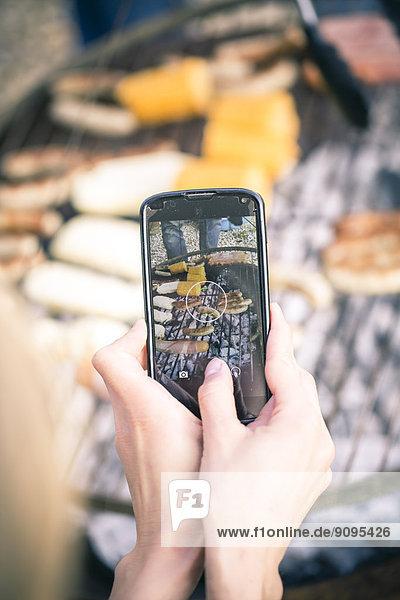 Barbecue mit Smartphone fotografieren