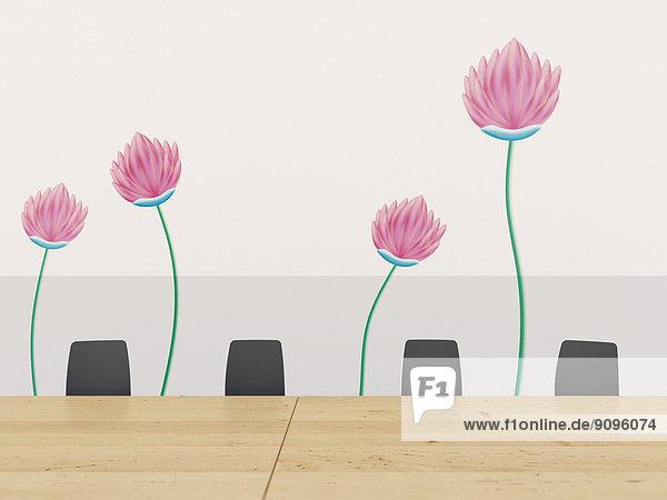 Konferenztisch mit Stühlen und Wand mit Wandaufkleber