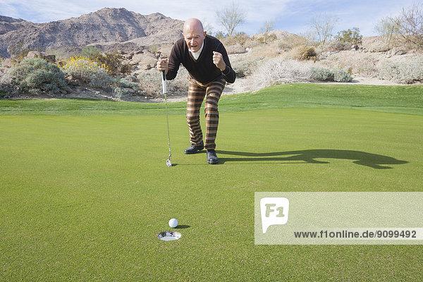 Senior  Senioren  Fest  festlich  Golfspieler  Länge  Golfsport  Golf  Kurs  voll
