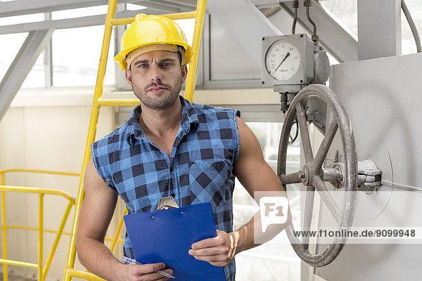 Portrait  Klemmbrett  Industrie  arbeiten  halten  Hoffnung