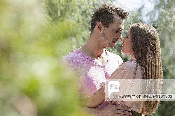 Ansicht  jung  Seitenansicht  Romantik