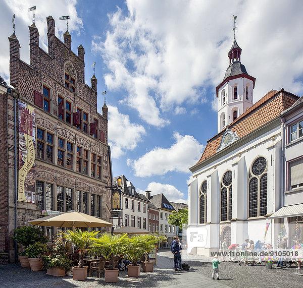 Wohnhaus Kirche Gotik Nordrhein-Westfalen
