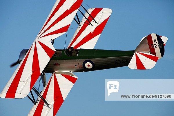 zeigen  Großbritannien  Training  Lehrer  Himmel  Pilot  Luftfahrzeug  Flugplatz  Bedfordshire  Doppeldeckerflugzeug  Doppeldecker  Kollektion  alt zeigen ,Großbritannien ,Training ,Lehrer ,Himmel ,Pilot ,Luftfahrzeug ,Flugplatz ,Bedfordshire ,Doppeldeckerflugzeug, Doppeldecker ,Kollektion ,alt