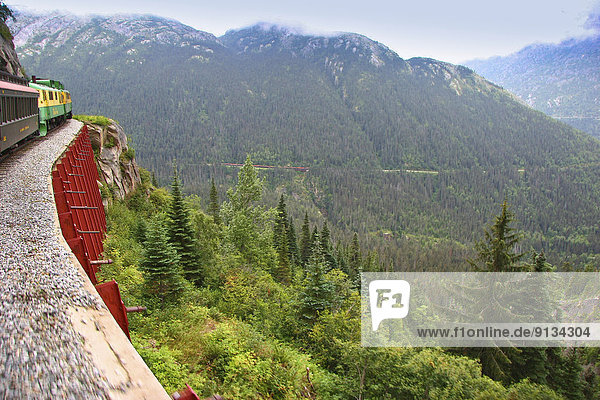 Berg  weiß  Richtung  Zug  Yukon