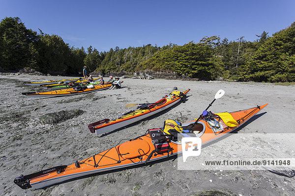 nehmen ruhen Ende Insel Kajakfahrer Geräusch British Columbia Kanada Rest Überrest einstellen Vancouver Westküste