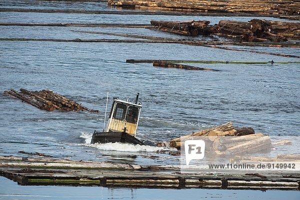 Ostküste  klein  Küste  Fluss  Dorf  Insel  Entdeckung  British Columbia  Kanada