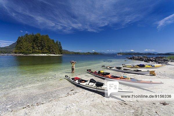 Strand weiß Sand Insel Kajak Entdeckung zerbrochen Linie