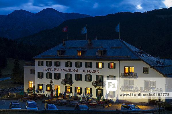 Hotel Il Fuorn an der Ofenpassstraße  Schweizer Nationalpark  Graubünden  Schweiz Hotel Il Fuorn an der Ofenpassstraße, Schweizer Nationalpark, Graubünden, Schweiz