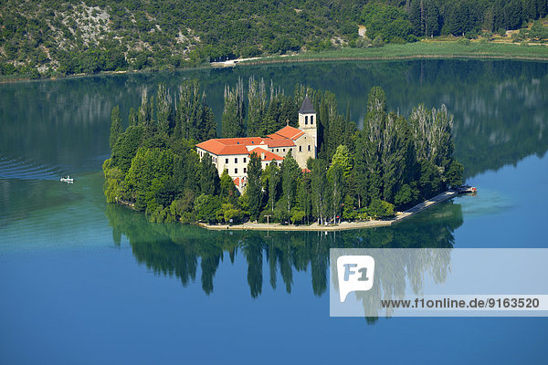 Römisch-katholisches Franziskanerkloster  Klosterinsel Visovac  Nationalpark Krka  Sibenik-Knin  Dalmatien  Kroatien